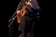 PACO IBÁÑEZ, cantautor, concierto solidario, Fundación Babel Punto de Encuentro